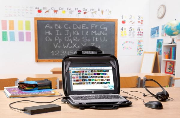 HP  Headsets, Kopfhörer, Lautsprecher. Mikros T1A66AA 2