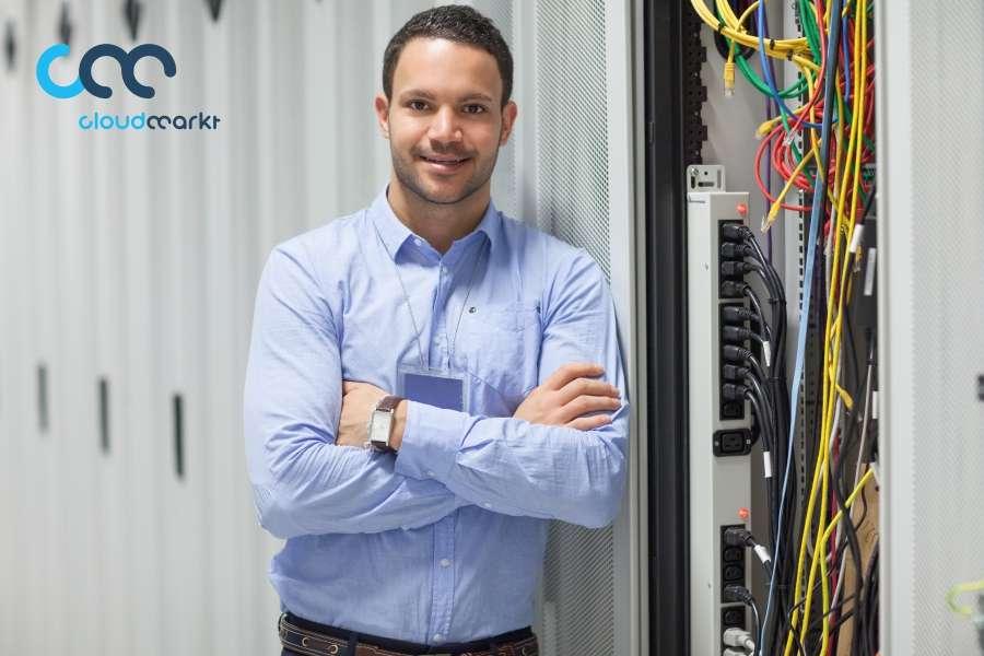 Bereichsleiter(in) für technische Services und IT-Administration